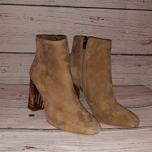 Vince Camuto Brynta 2 Bootie (Size - 6M)